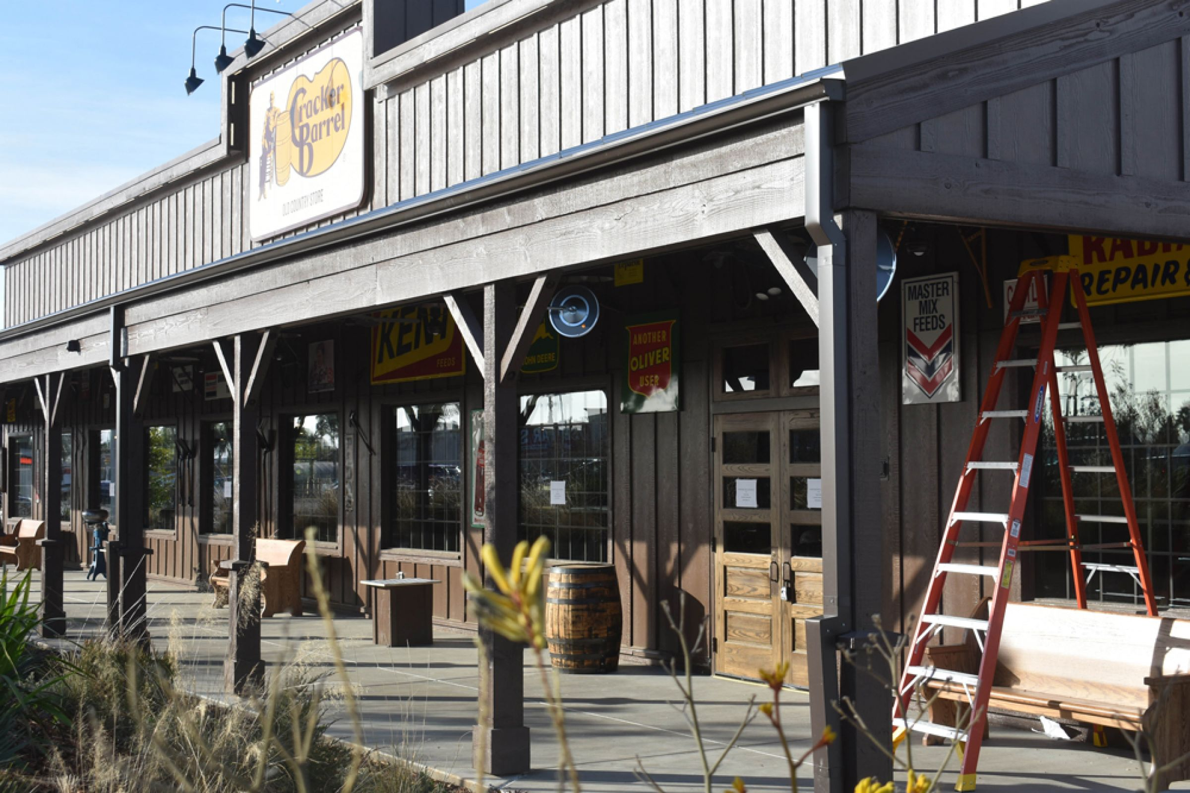 Cracker Barrel Old Country Store Announces Opening For Santa Maria Eatery Business Noozhawk Com Order takeaway and delivery at cracker barrel, winchester with tripadvisor: cracker barrel old country store