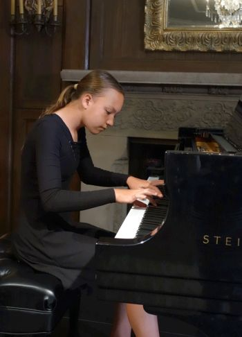 Pianist Noelle Hadsall won first place in the junior division.