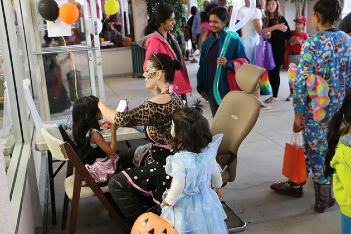 calle real shopping center prepares to spook at annual halloween