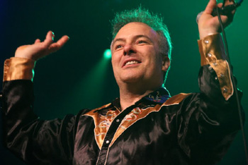 Jello Biafra makes a triumphant guest appearance at the Majestic Ventura Theater. (L. Paul Mann / Noozhawk photo)