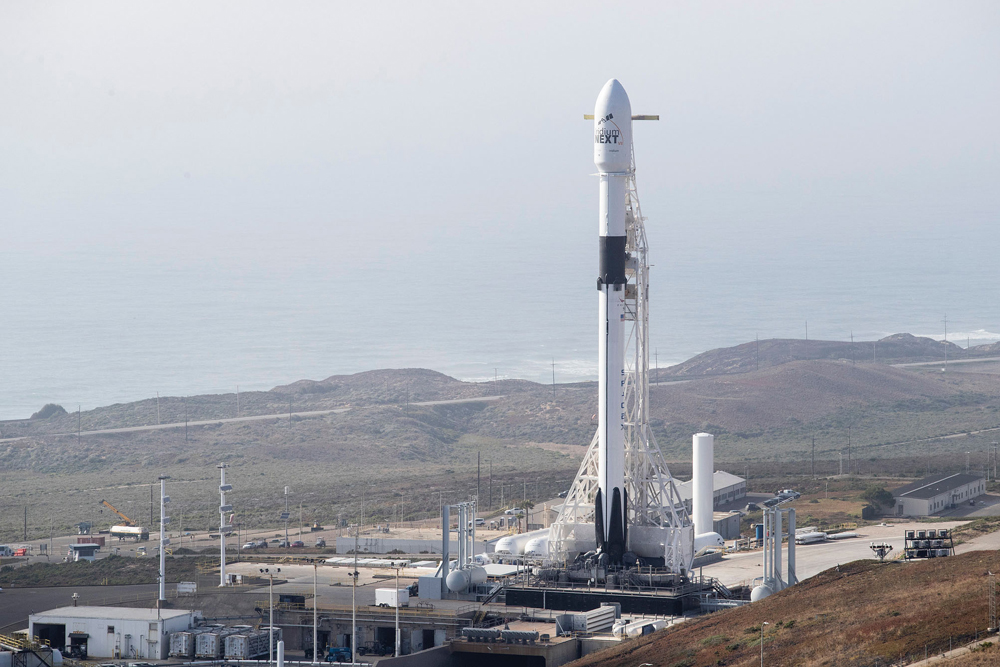 SpaceX lands 1st stage after California launch