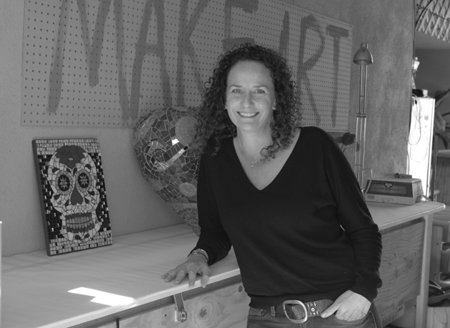 "Tami Zweig, the owner of All Cracked Up Mosaics, says she has grown her business ""solely by word of mouth. Happy customers are my biggest asset."""