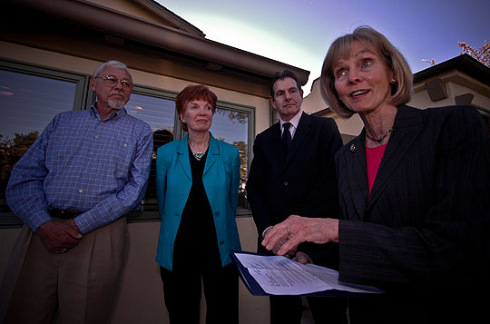 Rep. Lois Capps, D-Santa Barbara, says the $888 billion stimulus bill that passed the House includes $500 million for community clinics like the Santa Barbara Neighborhood Clinics. With Capps at the Eastside Clinic, 915 N. Milpas St., are, from left, Dr. David Chernof, the clinics' board chairman; executive director Cynder Sinclair; and board vice chairman Keith Coffman-Grey.