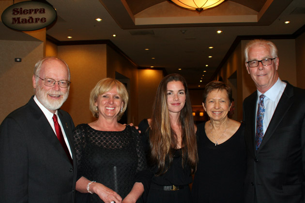 <p>Honorary committee member Bob Bason, left, Jodi Kelly, Carson Minow, Carolyn Bason and Chief Development Officer Jim Minow at the Foundation Fighting Blindness&#8217; inaugural Dining in the Dark Visionary Awards Dinner held at Fess Parker&#8217;s DoubleTree Resort.</p>