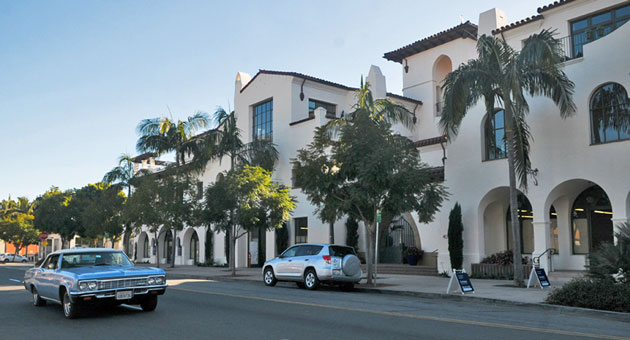 <p>A state appeals court panel has ordered a retrial to determine damages involving the former Melchiori Construction Co. and Don Hughes, the developer of the Chapala One project in Santa Barbara.</p>