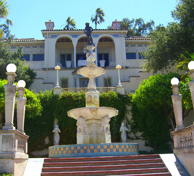 Judy crowell hearst castle a fine fit for a media tycoon for Castle gardens pool