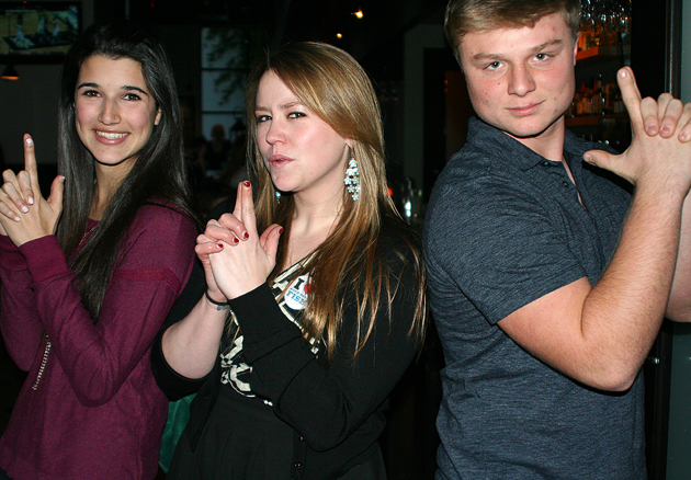 Santa Barbara Teen Star 2012 winner Rachel La Commare, left, Jane Carrey, daughter of actor Jim Carrey, and 2011 winner Bear Redell strike a pose at the Teen Star Media Launch Dinner held at Arch Rock Fish. (Melissa Walker / Noozhawk photo)