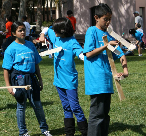Junior high school students from Oxnard prepare to launch their gliders at the 2011 Science & Technology MESA Day. (UCSB photo)