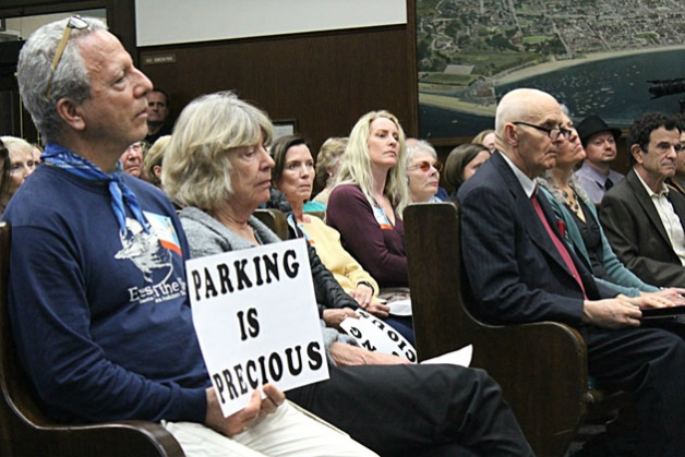 A packed house listens as the Santa Barbara City Council votes to remove four blocks of parking from Micheltorena Street as part of its Bicycle Master Plan on Feb. 23.