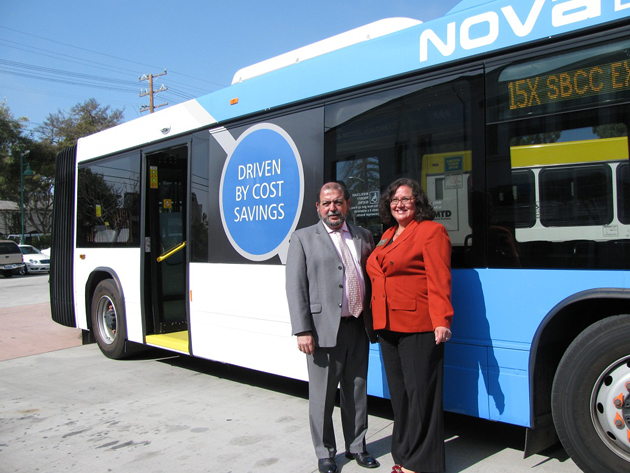 Goleta City Councilman Roger Aceves, left, and Santa Barbara City Councilwoman Cathy Murillo check out MTD's 62-foot articulated — or