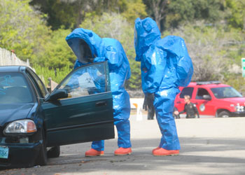 Crews Quot Find Quot Radioactive Material In An Abandoned Car