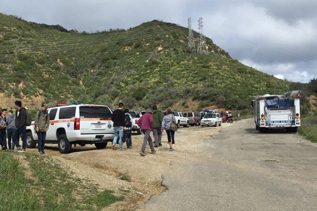 Emergency crews responded to the 2900 block of Gibraltar Road above Santa Barbara on Sunday after a paraglider fell some 3,000 feet to his death. The man's daughter, who was tandem flying with him, suffered minor injuries after she crash-landed.