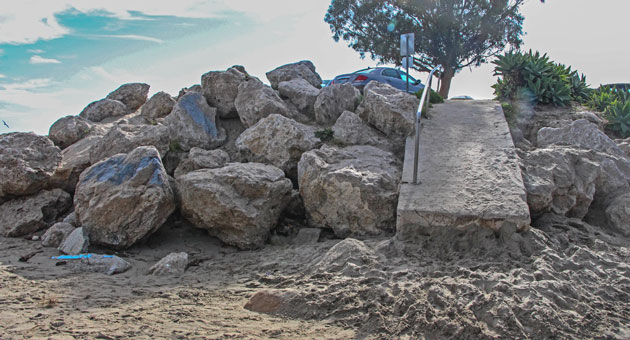 <p>Much of the debate over the future of Goleta Beach County Park centers on whether to keep the rock revetments that protect parking lots and other structures. The Santa Barbara County Board of Supervisors on Tuesday unanimously agreed to support the status quo.</p>
