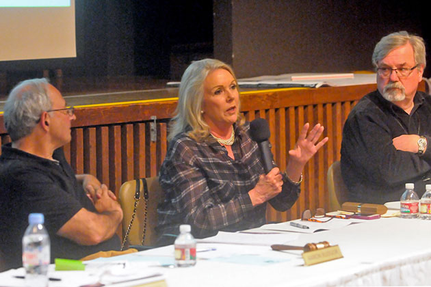 Montecito Association land-use commitee member Charlene Nagel speaks during Monday night's meeting about the proposed expansion of the Casa Dorinda retirement community at 300 Hot Springs Road.
