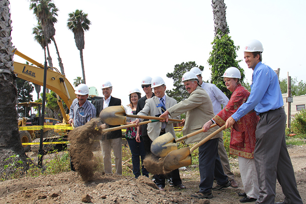 <p>Peoples' Self-Help Housing founder Jeanette Duncan breaks ground at Casas de las Flores with members of the Carpinteria City Council and other elected officials. (Peoples' Self-Help Housing photo)</p>