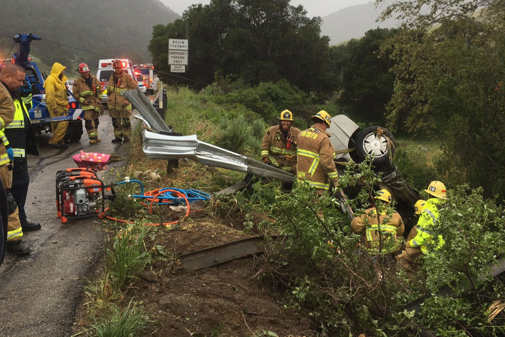 A Highway 101 crash course ends in death.
