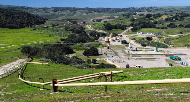 <p>Santa Maria Energy extracts oil from 75 wells drilled into Monterey Shale and 26 wells drilled into a diatomite layer in Santa Barbara County on 4,000 leased acres at the Orcutt Field.</p>