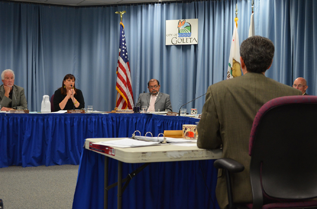 <p>Goleta City Manager Dan Singer, right, outlines discretionary budget items at a City Council workshop Wednesday morning.</p>