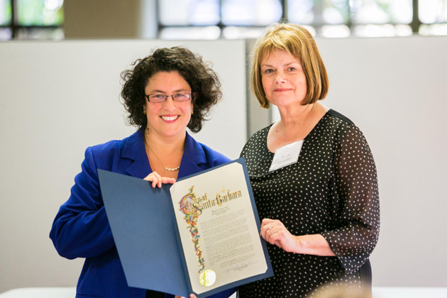 <p>Santa Barbara Mayor Helene Schneider, left, presents an official proclamation recognizing National Healthcare Decisions Day to Alliance for Living and Dying Well Executive Director Susan Plummer.</p>