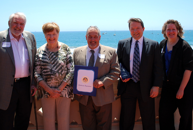 <p>With their Looking Good Santa Barbara Spirit of Service Award are, from left, Mead Northrup, Valle Verde Retirement Community&#8217;s Resident Council vice president; Dorothy Burkhart, Valle Verde Resident Council president; Mike Mondoux, Valle Verde facilities director; Tim Wetzel, Valle Verde executive director; and Sharon Kennedy, Valle Verde Advisory Board president.</p>
