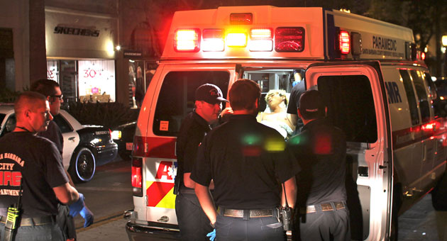 A 22-year-old Santa Barbara man was taken to the hospital late Saturday after suffering a minor stab wound in an altercation in the 600 block of State Street. (Urban Hikers photo)