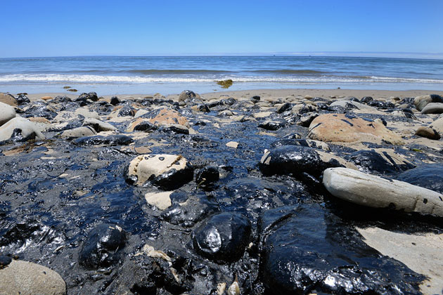 Volunteers are finally getting their chance to help clean up oil and tar on local beaches that resulted from the May 19 rupture of a crude-oil pipeline near Refugio State Beach.