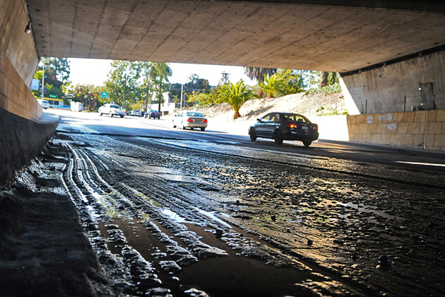 Caltrans is still looking for a dry run with the Castillo Street underpass at Highway 101. Good luck with that. (Lara Cooper / Noozhawk photo)