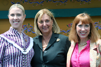 Thea Vandervoort, left, director of the Californio Canto-Baile History-Arts Education Program, with Marianne Partridge, chairwoman of the Santa Barbara Bowl Education Outreach Program, and Erin Graffy, historian for Old Spanish Days Fiesta.