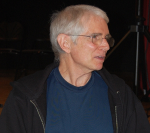 Multi-instrumentalist Ian Underwood chats with fans after the symposium