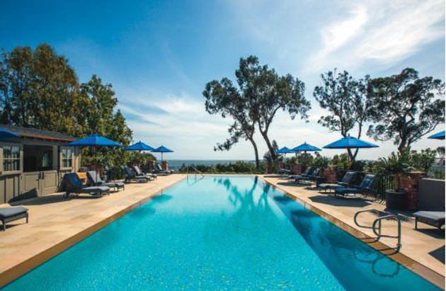 <p>There's no place better to soak in Santa Barbara's summer rays than lounging in luxury at Belmond El Encanto's zero-edge swimming pool.</p>