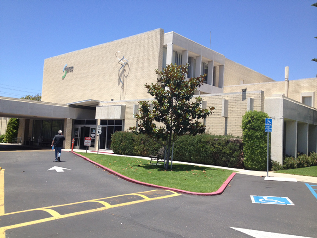 <p>Sansum Clinic, one of Santa Barbara County&#8217;s major providers of primary and specialty medical care, is not currently included in the Covered California insurance exchange plans, but officials say they are in negotiations.</p>