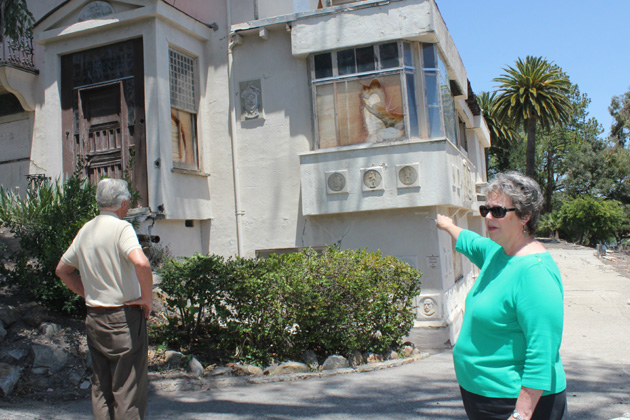 The CIty of Santa Barbara is poised to destroy the decrepit, 108-year-old Franceschi House next to Franceschi Park off Mission Ridge Road. City officials opened the doors of the boarded-up home to the public on Monday for a site visit ahead of Tuesday's council meeting to decide the building's fate.