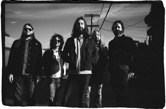 <p>The Chris Robinson Brotherhood will be playing at the Santa Barbara Bowl on July 3, along with Grateful Dead torchbearers Bob Weir &amp; RatDog.</p>