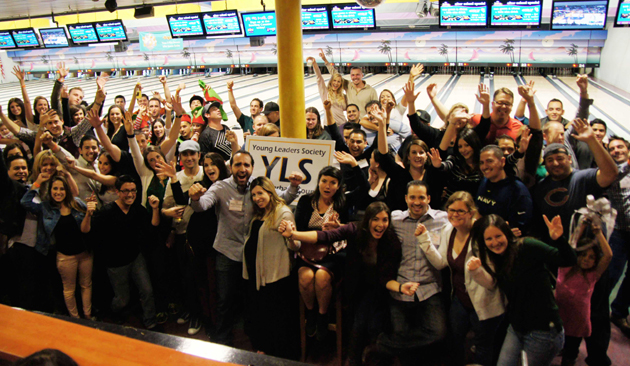 <p>Members of United Way&#8217;s Young Leaders Society have a ball at their annual United We Bowl fundraising bowl-a-thon at Zodo&#8217;s.</p>