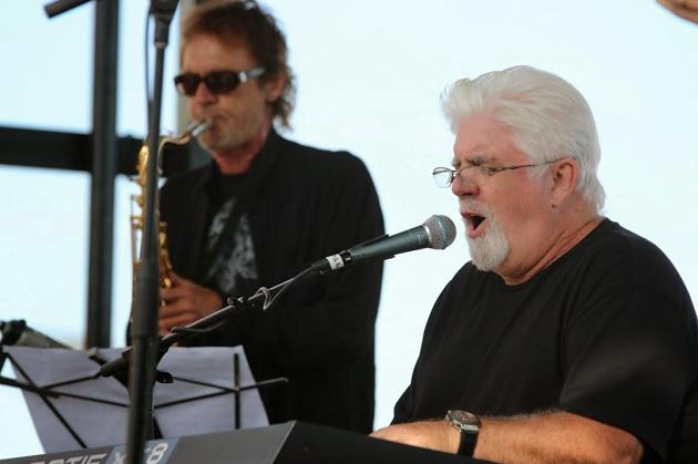 <p>Michael McDonald takes the stage at a benefit concert for Youth Interactive. <a href=
