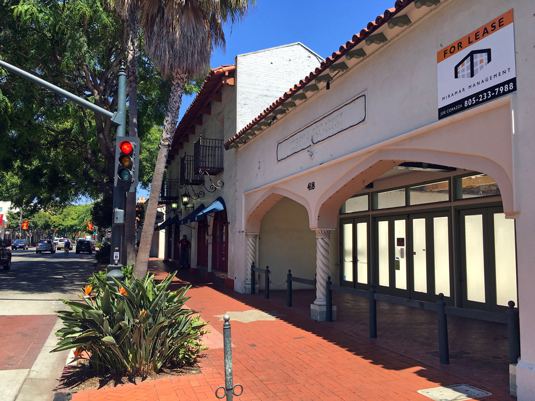 A vacant commercial storefront on the 400 block of State Street in Santa Barbara. The City Council approved a pilot program Tuesday to expedite plan review for downtown businesses.