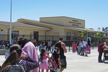 Santa Maria S New Elementary School Marks First Day Of Classes