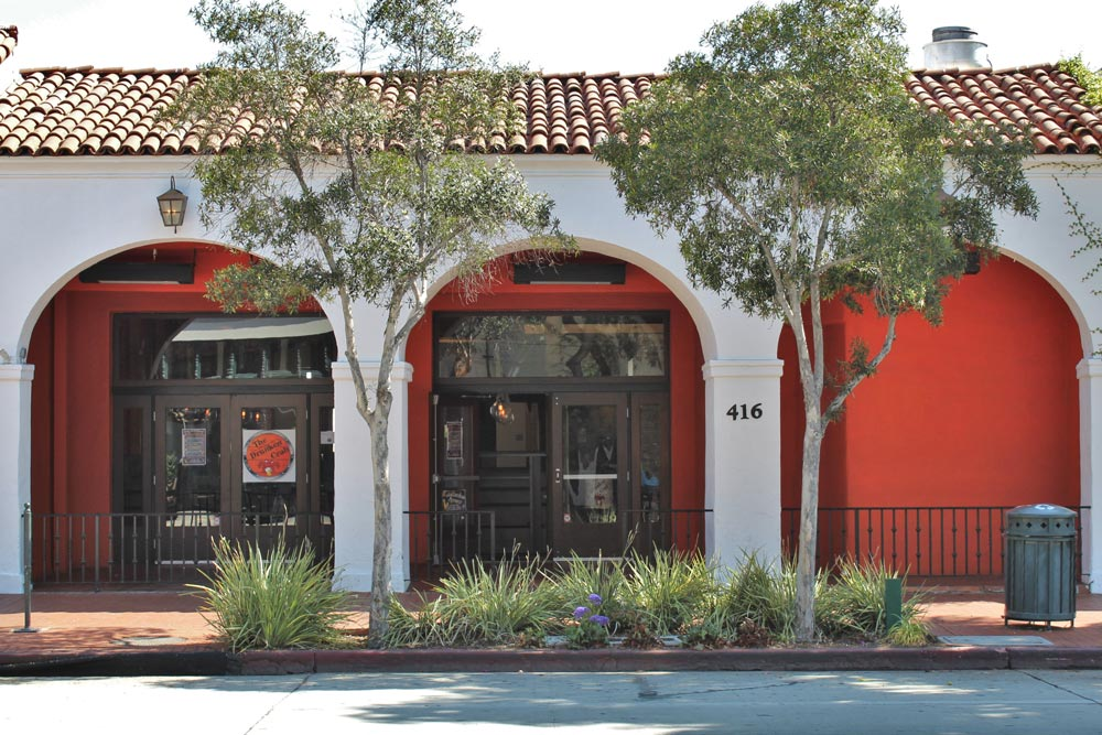 Drunken crab brings louisiana style seafood to downtown for Fish restaurant santa barbara