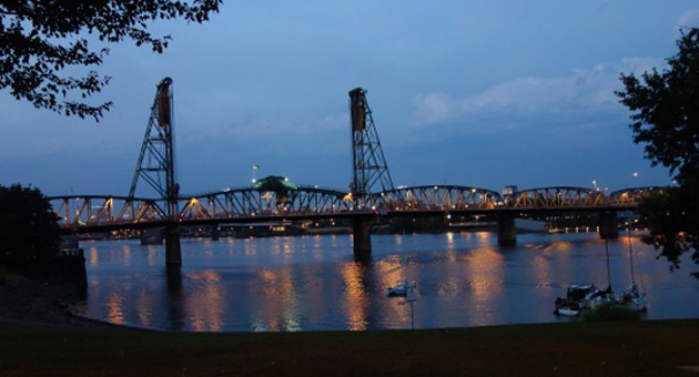 <p>The Hawthorne Bridge over the Willamette River in Portland, Ore.</p>
