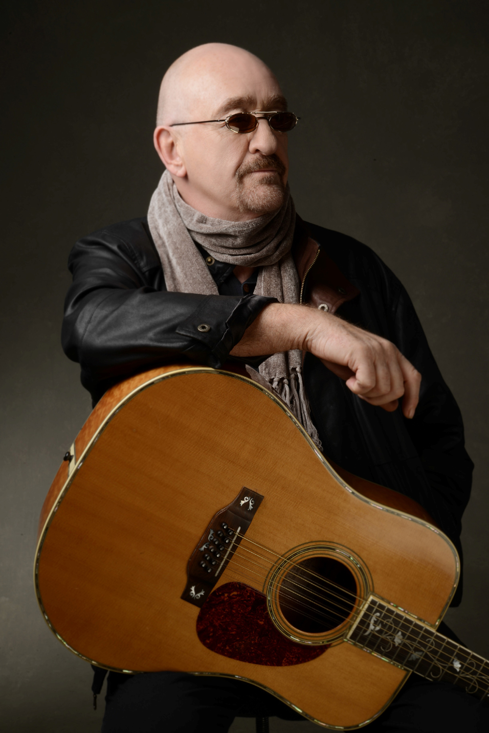 Dave Mason will be the opening act for Journey at the Santa Barbara Bowl on Thursday.