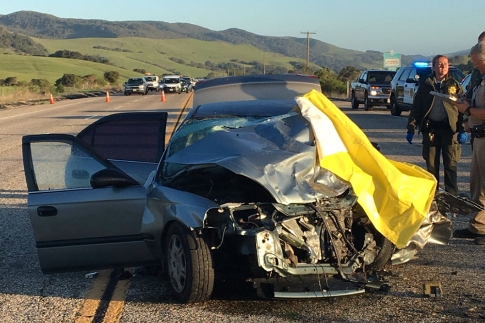 1 Killed 3 Critically Injured In Highway 1 Crash South Of Lompoc