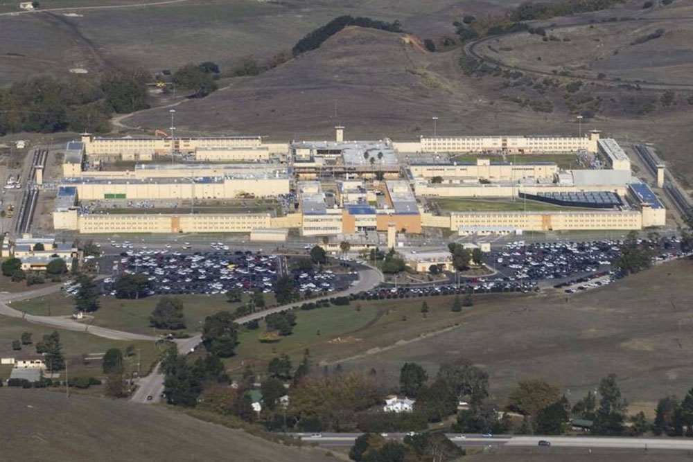 An inmate was killed and at least nine others were injured Sunday in a riot at the California Men's Colony prison in San Luis Obispo.