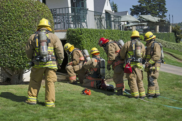 Firefighters responded Friday afternoon to a fire that broke out in the basement of a cottage at the Valley Club in Montecito. No injuries were reported.
