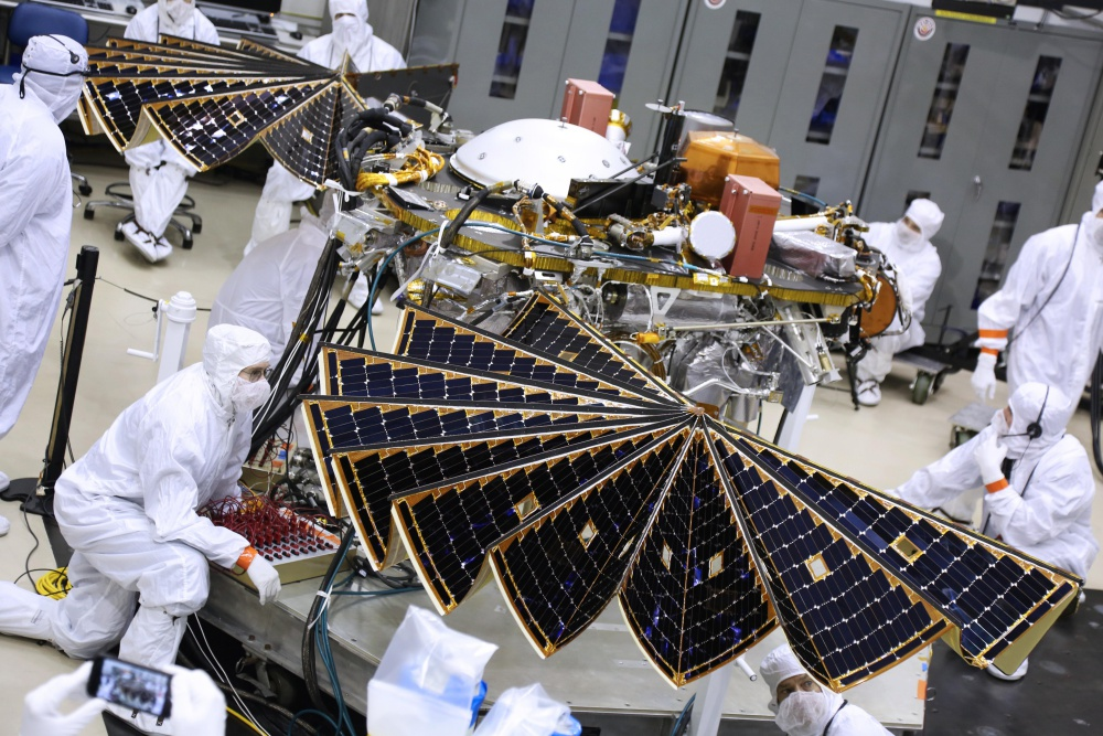 In Run Up To Mars Mission Insight Spacecraft Conducts