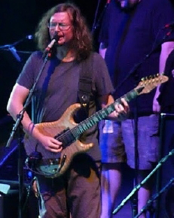 John Kadlecik and the rest of Furthur, seen performing in September 2010 at the Santa Barbara Bowl, will return to the venue for a concert Sunday night. (L. Paul Mann photo)