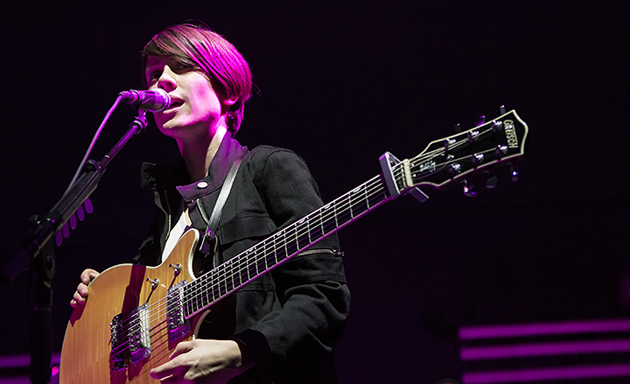 Sara Quin of Tegan and Sara performs the opening set Tuesday night at the Santa Barbara Bowl. (Garrett Geyer / Noozhawk photo)