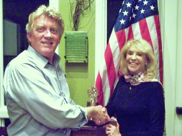 <p>Rotary Club of Goleta President Mike Pitts welcomes guest speaker Evie Greene, past president of the Rotary Club of West Lake Village.</p>