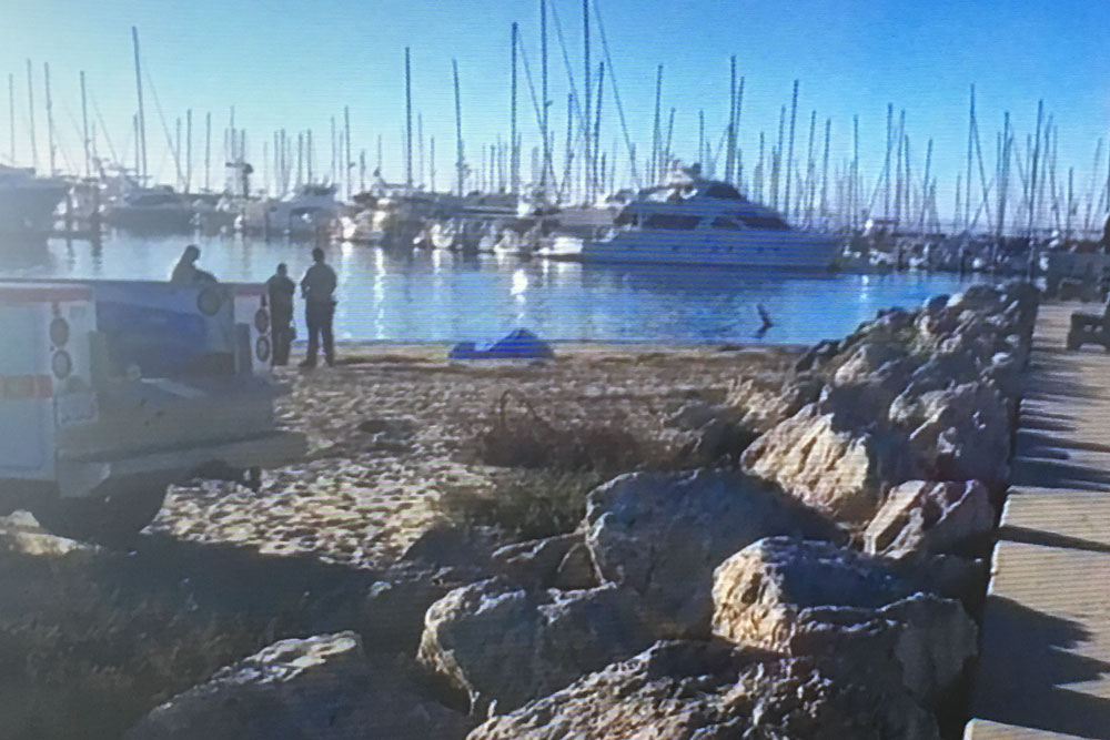 he body of an elderly man was found Monday morning in the water at the Santa Barbara Harbor, Police say no foul play is suspected.