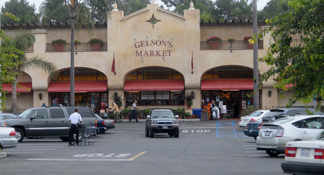 <p>A physical altercation occurred Oct. 21 in the parking lot of Gelson&#8217;s Market, 3305 State St., between a Santa Barbara police officer and a motorist pulled over on suspicion of driving under the influence.</p>