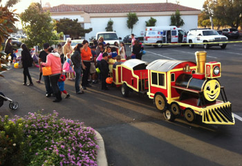 Train rides were among the free entertainment provided on Halloween at the Calle Real Center. (Calle Real Merchants Association photo)
